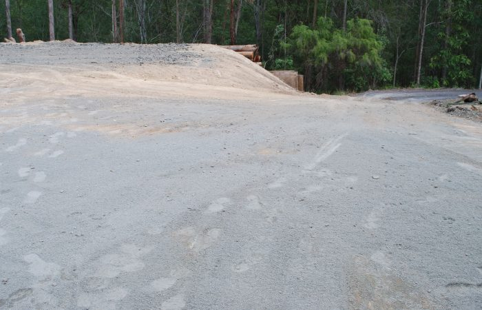excavator hire contractor services gold coast