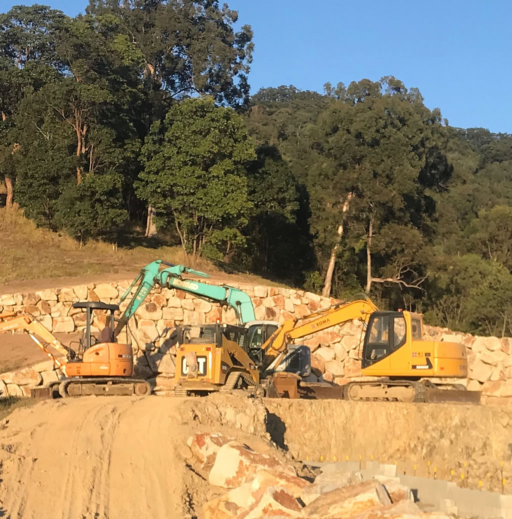house pad clearing retaining and levelling gold coast